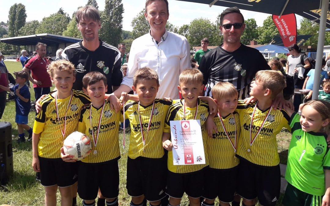 F-Jugend mit zwei Turniersiegen über Pfingsten