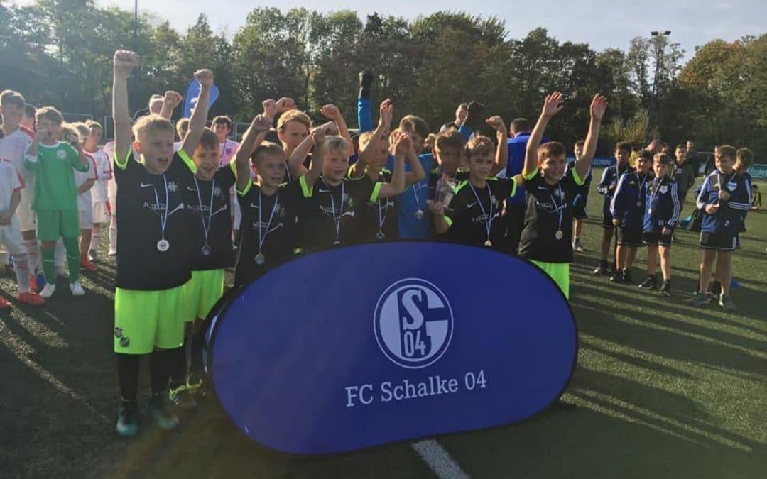 E-Jugend beim Super4-Turnier der Knappenschmiede des FC Schalke 04 im Finale!